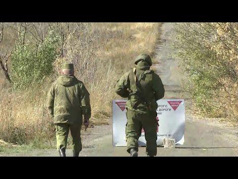 Смотреть Процесс разведения войск в Донбассе сорван по вине украинской стороны. онлайн