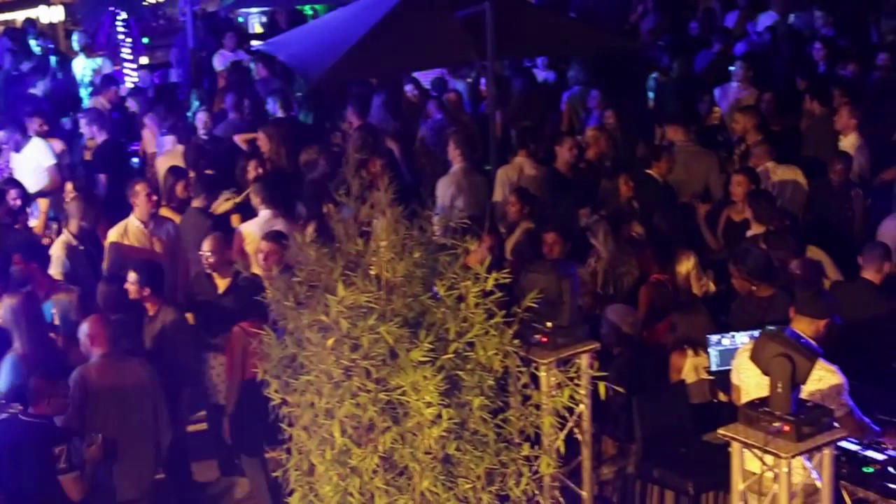 ef1dbbb43c6df ROOFTOP-AFTER-WORK-PARIS-FULL-MOON-CLUBBING-TOUT LE MONDE EZN PARLE ...