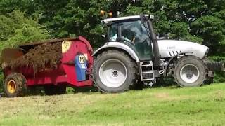 Manure Spreading with Hurlimann