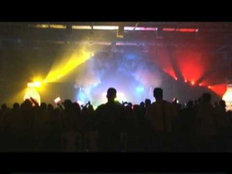 Cedric Gervais This is Colombia live from Cali Colombia