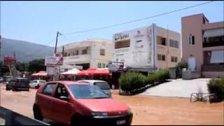 Χανιά: Ορμητικά νερά στον κόμβο της Εθνικής στη Σούδα