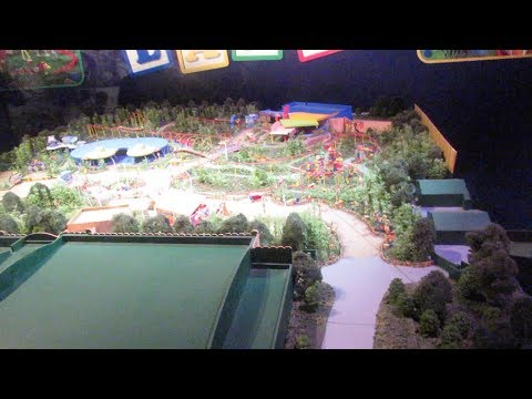 Construction UPDATE in Hollywood Studios   News about Toy Story Land   A Real Oscar trophy