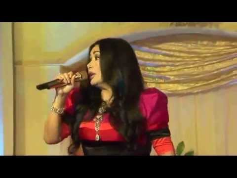 Titi Dj - Just The Way You Are - Live Konser