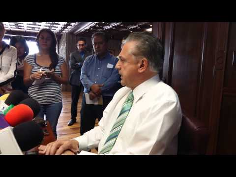 Soy un alcalde generoso; Enrique Serrano
