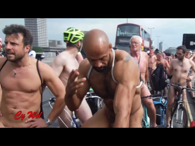 World Naked Bike Ride London WNBR 2016 improved version 2018 06 27 06 08 12 1 502