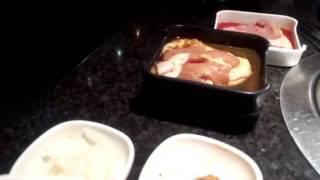 高麗村任食烤肉,好飽......