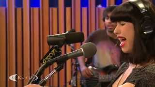Kimbra Plain Gold Ring KCRW 2012-05-24