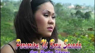Siska Sianturi - Parsorian Ni Boru Sasada (Official Music Video + Lyrics)