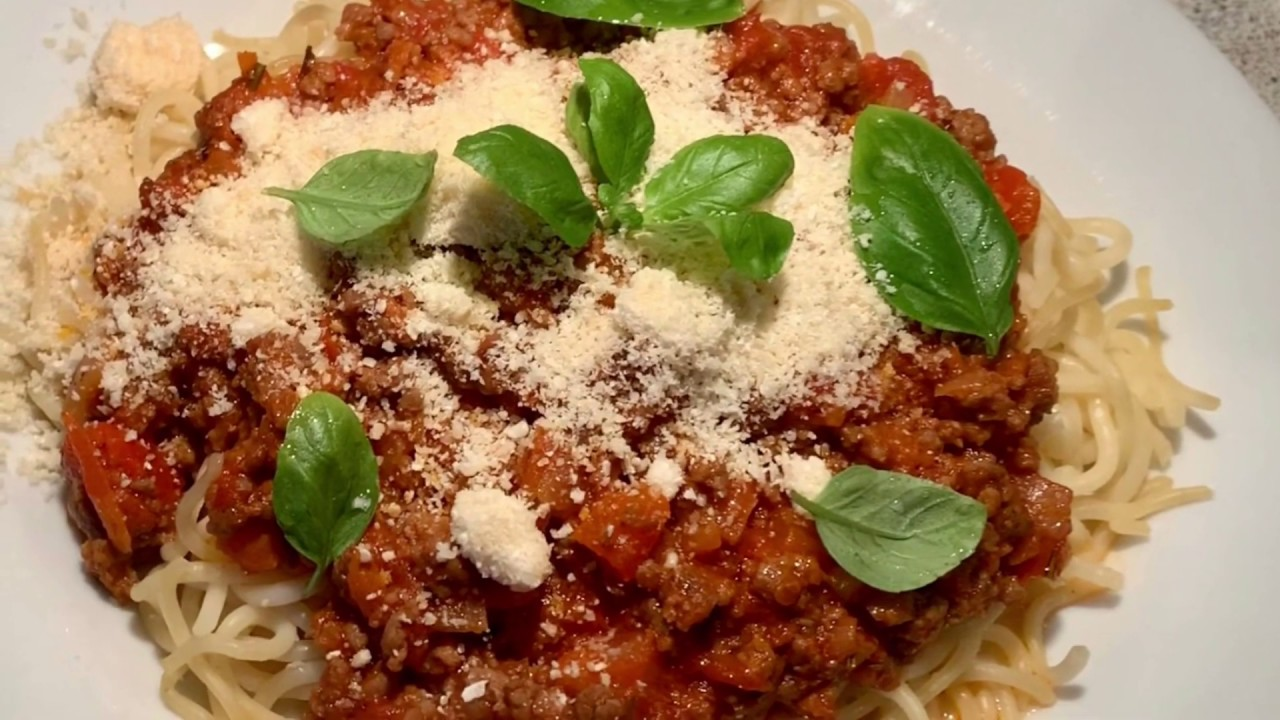 #15 : Spaghetti Bí quyết nhỏ làm món mì Ý xốt bò bầm thơm ngon ngất ngưởng. Cuộc sống Đan Mạch.