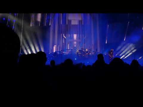 Queen & Adam Lambert - I'm In Love With My Car - Vancouver 7/10/2019