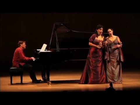 """Nancy Fabiola Herrera y Yolanda Auyanet cantan """"La regata veneziana"""" (Duo)"""