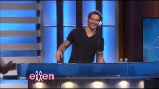Repeat youtube video Tyler Posey on Ellen (HD)