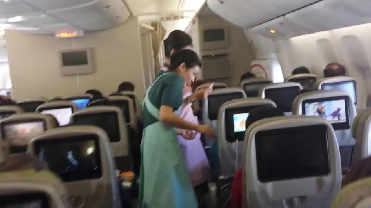 40ef95910 EVA Air, new Boeing 777-300ER, cabin tour - YouTube