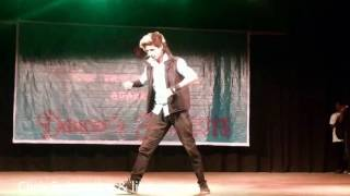 Worlds best Robotic Dance by Indian boy