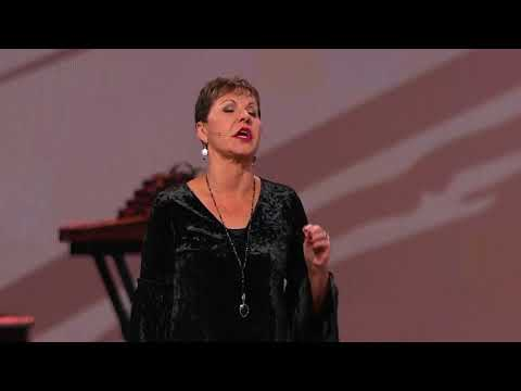 Joyce Gives the Opening Prayer at 35th Annual Love Life Women's Conference