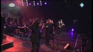 UB40 - Sing Our Own Song (live)
