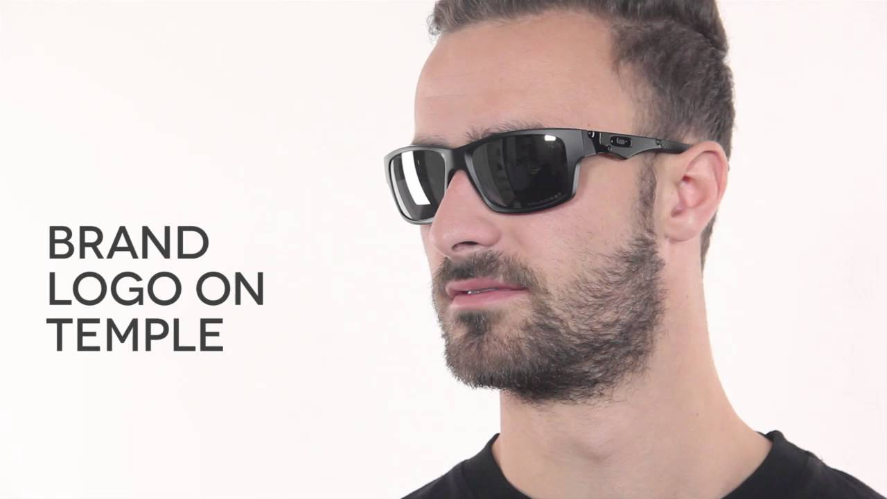 Oakley Mainlink Prizm >> Oakley OO9135 OAKLEY JUPITER SQUARED 913509 Sunglasses Review | VisionDirectAU - YouTube