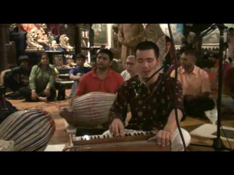 Janmastami Bhajan - Hari das - Hare Krishna - 6/8