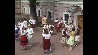 Народні танці від гурту Божичі і школи танців