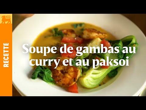 Soupe de gambas au paksoi et au curry