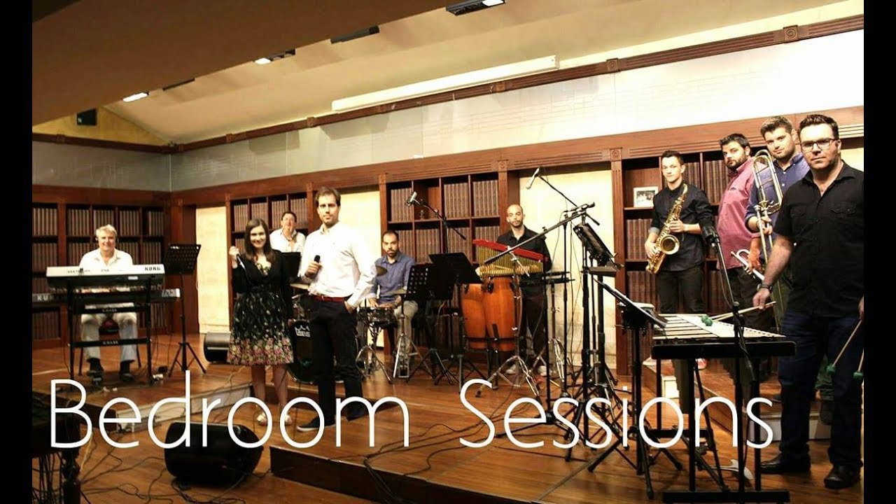 Sway Dean Martin Cover Mind The Band Bedroom