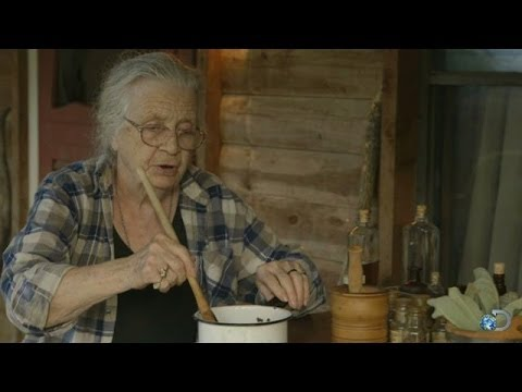 Grandma Martha's Homemade Cough Syrup | Clash of the Ozarks
