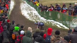 Cyclo-Cross World Championships Men's Elite Race - Mourey falls whilst leading