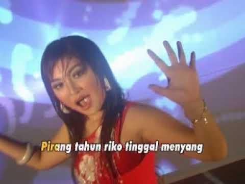 Dian Ratih - Mendung Disco Jaipong (Official Music Video)