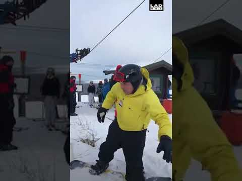 These Scottish lads trying to figure out the ski lift is hilarious 😂😂