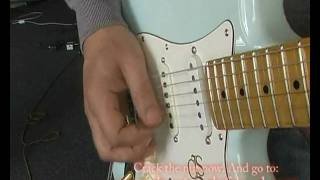 Paul Gilbert Alternate Picking Lick In Reverse - Free Video Lessons: https://www.guitarmastery.net