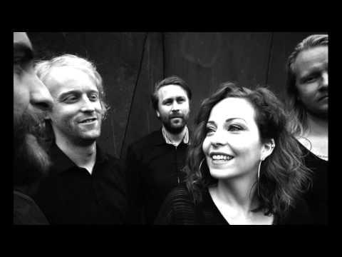 Anneke van Giersbergen & Árstíðir - Verloren Verleden (album preview)