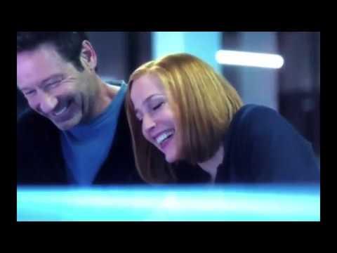 Gillian Anderson & David Duchovny  The Xfiles season 11 bloopers excerpt