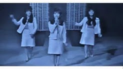 The Ronettes - Be My Baby - live [HQ]