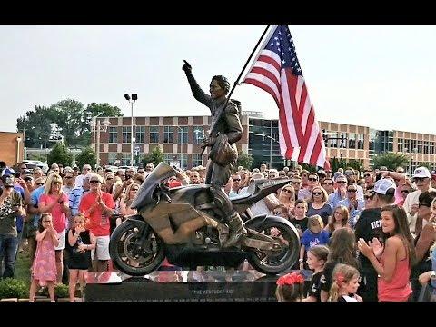 Nicky Hayden Sculpture Unveiled in Owensboro