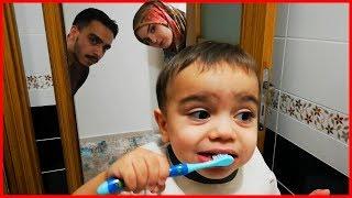 Yağız Sürekli Dişlerini Fırçalıyor - Eğlenceli Çocuk Videosu