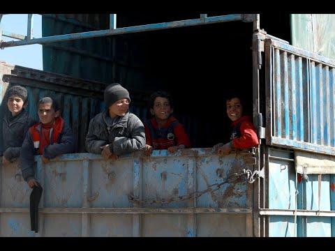 خروج مئات المحاصرين من شرقي سوريا  - نشر قبل 4 ساعة
