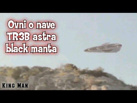 Asombroso OVNI triangular TR-3B Astra , Black Manta grabado por excursionistas en el desierto