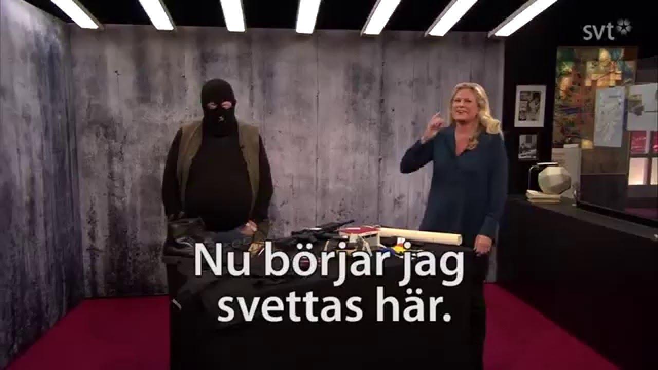 Leif GW Persson i rånarluva - YouTube