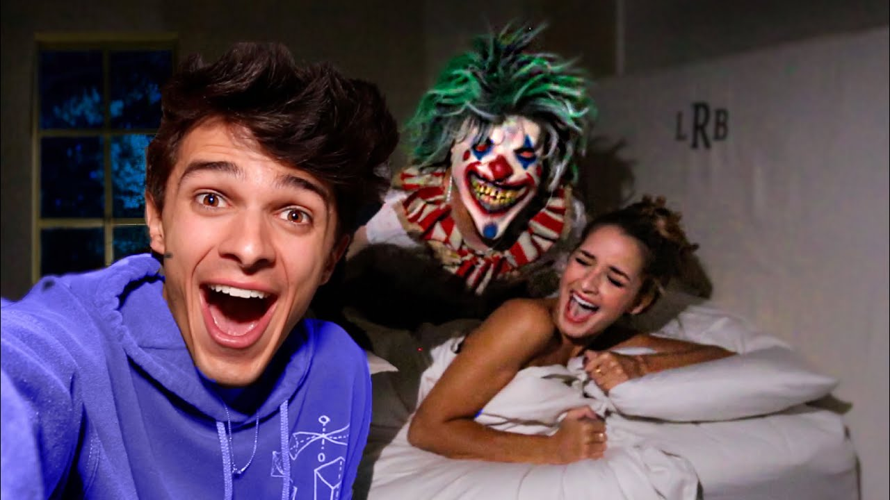 SCARING MY FRIENDS AT 3AM!! (HALLOWEEN PRANK)