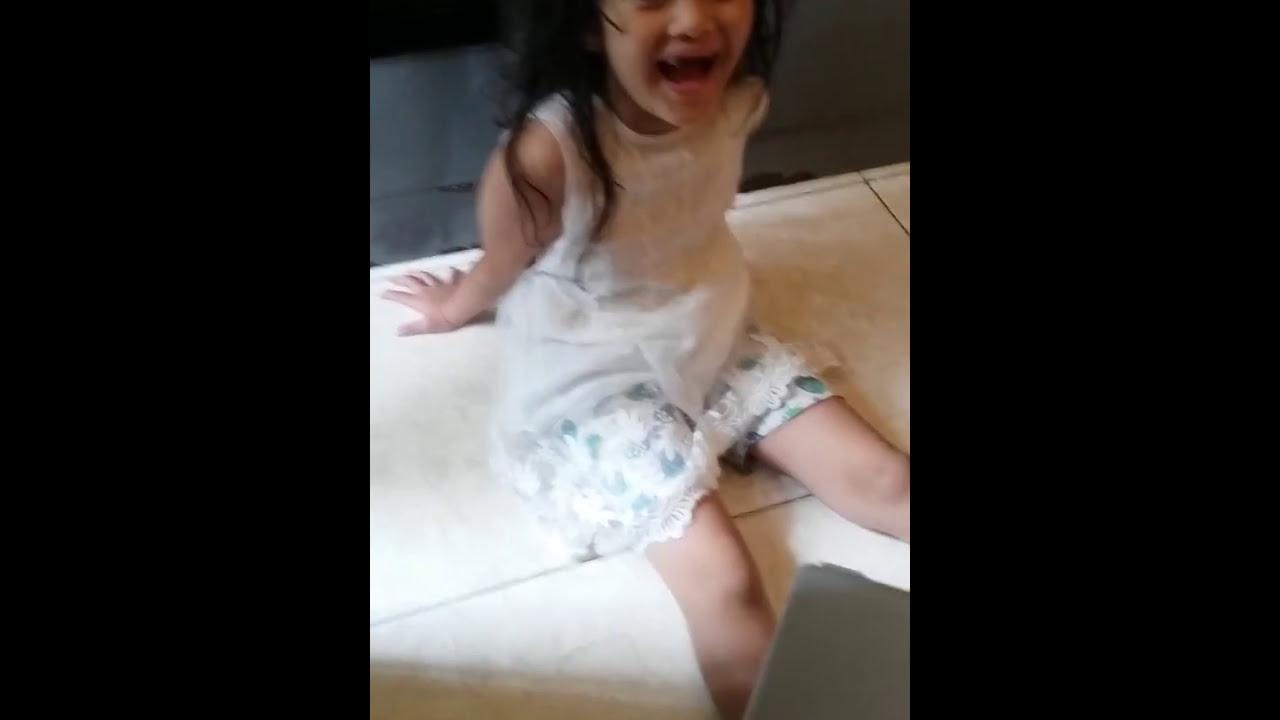 Anak kecil bule