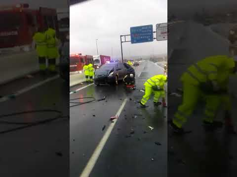 Colisión múltiple con heridos en Córdoba entre tres vehículos y un camión en la N-432