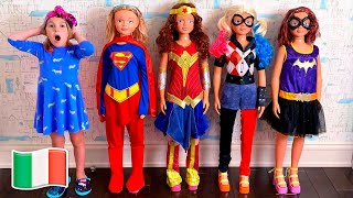 Cinque Bambini - Mania finge di giocare a mission rescue superhero