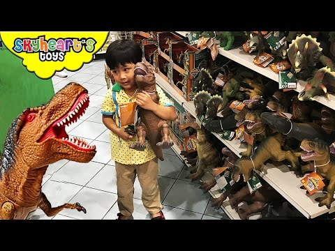 DINOSAUR TOYS Shopping In Toys R Us - Mighty Megasaur, Jurassic World Animal Planet Dinosaurs