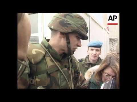 BOSNIA: FIRST US PEACEKEEPING TROOPS ARRIVE IN SAREJEVO