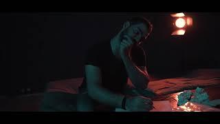 اختار اللى يهتم بيك مش اللى يحبك