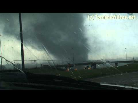 Destructive Tornado near Jackson, MS!