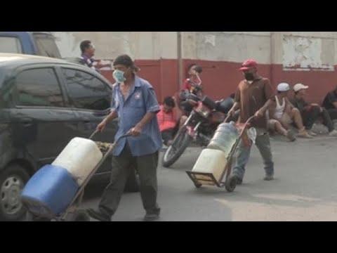 Vivir sin agua, un mal cotidiano en Venezuela