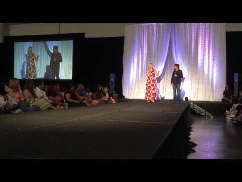 Hugh Howser and Leanne Morgan - The Nashville Pink Bride Wedding Show