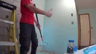видео Покраска потолка в ванной комнате