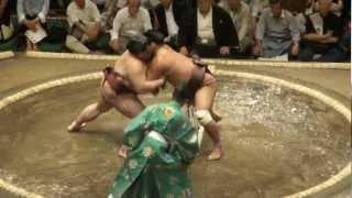 20120909 大相撲9月場所初日 稀勢の里vs妙義龍.